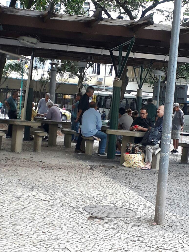 Retratos da Intervenção - Praça Pública Foto 2.jpg